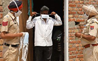 忙於為染疫者送終 印度警察推遲女兒婚禮