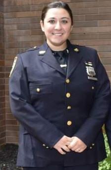 女警察时代广场迅速救人受表扬