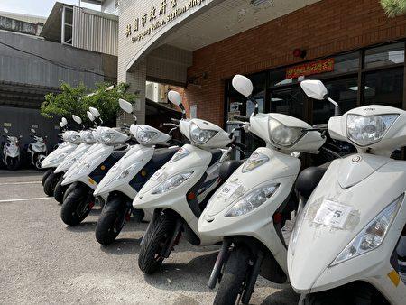 桃園市平鎮警分局汰舊警用機車共有9部,捐桃園農工拆解研究。