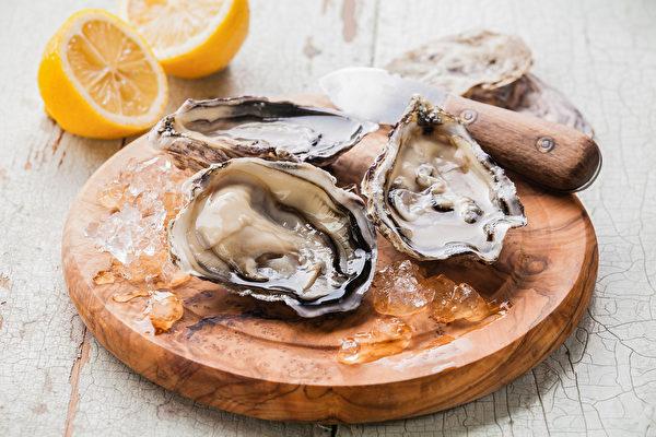 缺锌容易掉发、皮肤差、情绪不稳,如何从饮食中补锌?(Shutterstock)
