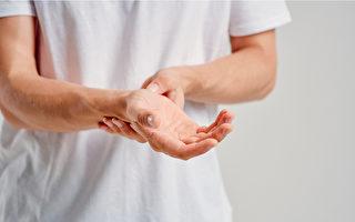 人体自带降糖穴,按压2穴道有助降血糖。(Shutterstock)