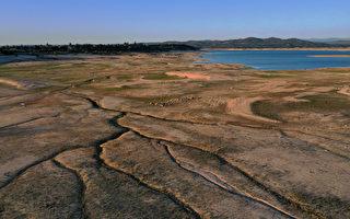 組圖:加州持續乾旱 佛森湖蓄水量僅剩38%