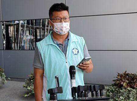 建设处长田长沛指出,市府检视业者防疫作为,电子游艺场加强宣导要点包含,佩戴口罩、落实实名制。