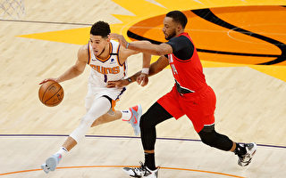 NBA布克致勝罰球 太陽曬昏開拓者