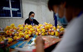 """中国劳动力迅速下降 将撼动其""""世界工厂""""地位"""