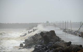 强大气旋将袭印度 逾十万人准备撤离