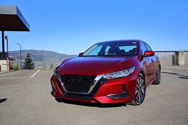 車評:貴氣浮現 2021 Nissan Sentra SV
