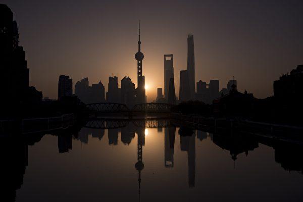 【一线采访】上海多家酒店餐馆因疫被封