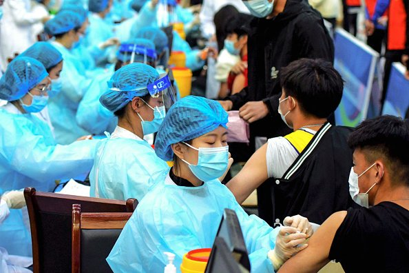 66%接种 广州疫情续恶化 中共专家自曝疫苗效性