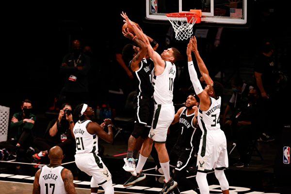 NBA季後賽:快船「搶七」擊敗獨行俠晉級