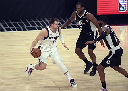 NBA唐西奇46分留遺憾 里納德率隊奪勝晉級
