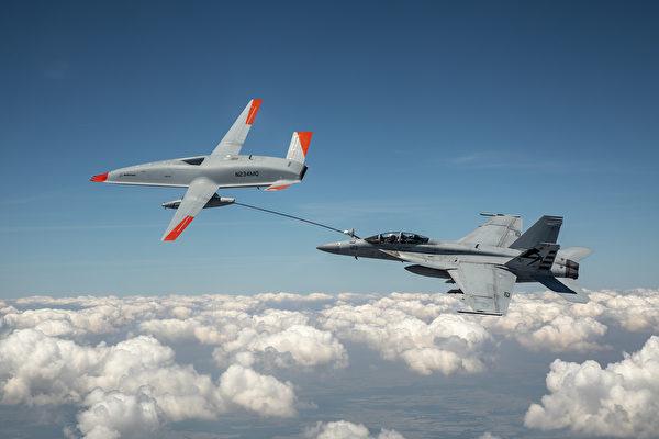 史上首次! 美国海军以无人机进行空中加油