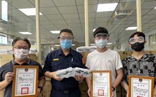 青年志工自購安全面罩贈警 助警方加強防疫