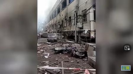 中國湖北十堰市張灣區的艷湖小區13日上午6時30分發生天然氣爆炸事故。