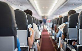 寶寶在飛機上哭鬧 脫口秀媽媽妙對抱怨乘客
