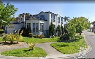 墨尔本恢复现场拍卖 大量住房超底价售出