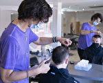 宾顿市长促省府允许理发店提前开放