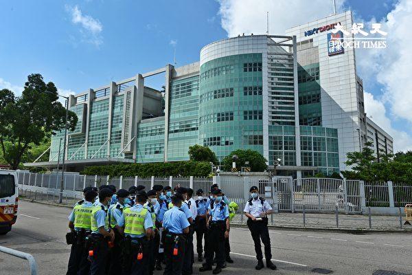 【更新】港警突襲搜查 壹傳媒5高層遭拘捕
