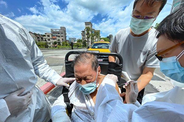 台湾17日增175例本土病例 19例死亡