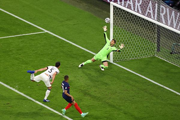 组图:欧洲杯足球F组比赛 法国1:0胜德国