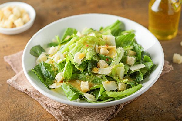 三餐如果能吃对时间、吃对食物,不仅能够达到减肥的效果,还可控血糖。(Shutterstock)