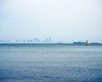 英國外海出現「漂浮的城市」 神祕感十足