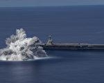 美福特號航母全艦測試 爆破衝擊相當3.9級地震
