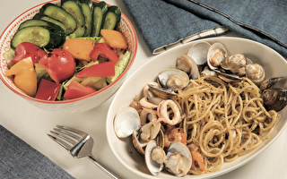 美食健康吃 2款低卡青醬海鮮義大利麵作法