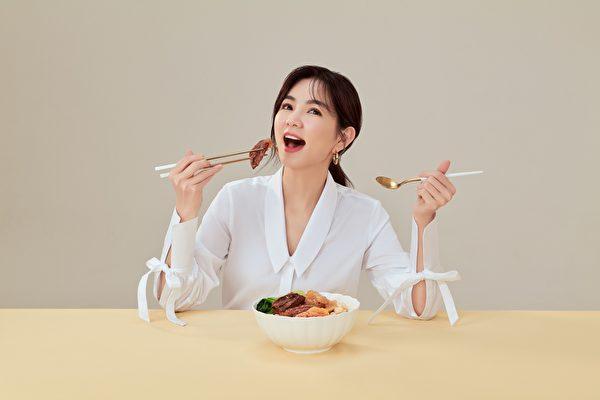 「陳門家宴」冠軍殊榮 Ella為丈夫煮宵夜