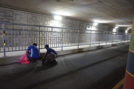 梅雨季节来临,苗县府加强地下道清疏巡检作业。