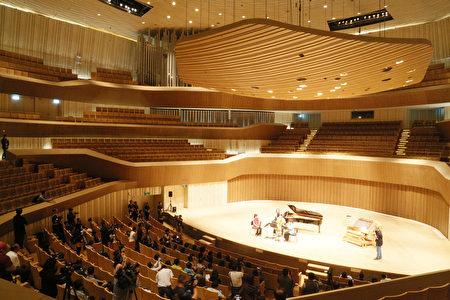 圖為高雄衛武營的音樂廳。