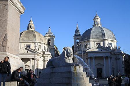 奇迹圣母堂与圣山圣母堂。