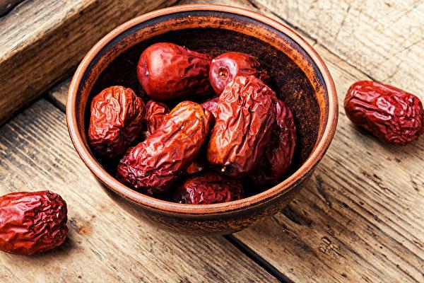 很多紅色的食物也能養血,是名副其實的補血劑。(Shutterstock)