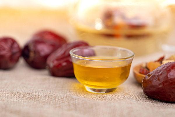 七棗湯能將大棗的功效充分發揮,達到和陰陽、調營衛、生津液的作用。(Shutterstock)
