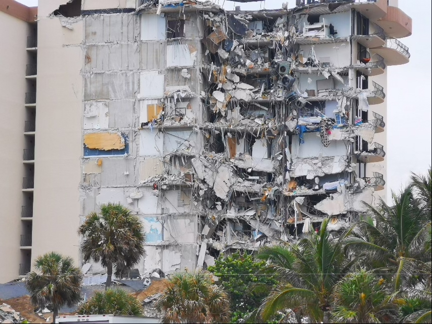 邁阿密郊外大樓倒塌 至少1死10傷 (多圖)