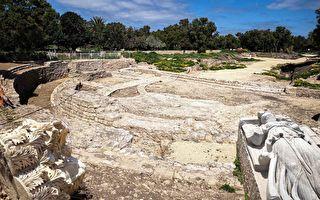 建筑宏伟 以色列出土两千年前古罗马大教堂
