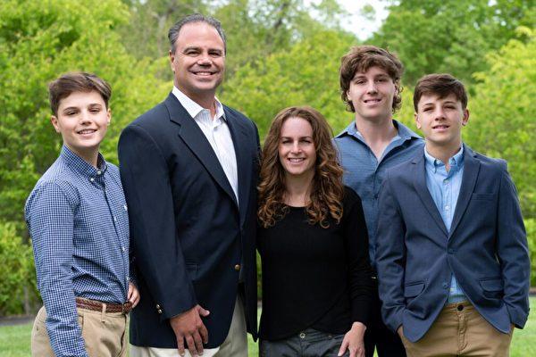 匹茲堡律師Jason Richey競選賓州州長