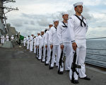 美海军:未接种疫苗官兵将退伍 面临经济处罚