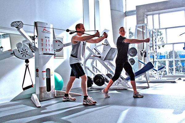 逆转人生 减重240磅男子:一切皆有可能