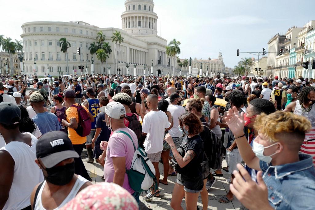 [新聞] 古巴民眾抗議焦點中共不敢報 專家解讀