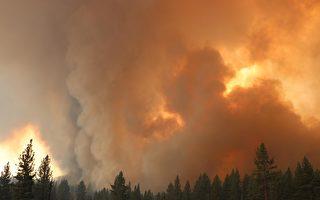 太浩湖南部野火蔓延 一夜增至18,000英畝