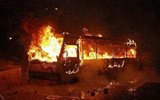 意大利巴士起火燃燒 司機勇救25個孩子