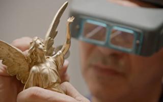 紐約人創作「天使」雕像 授予年度法輪功之友