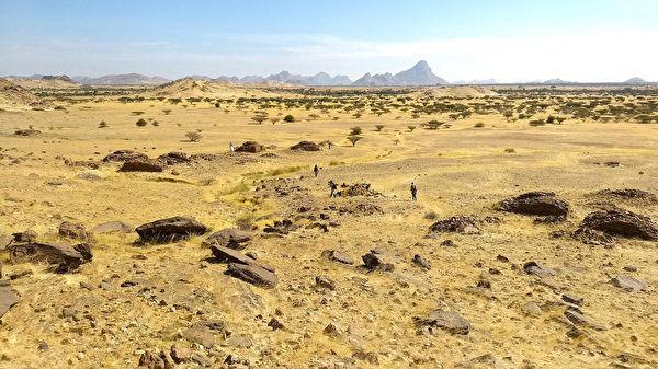 研究:蘇丹古墓布局類似星系內天體分布