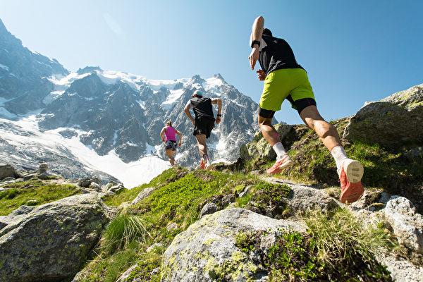 喜歡登山?平時一定要做的8種體能訓練