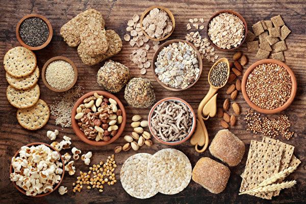 五谷杂粮对于心血管、肾脏都有益处。(Shutterstock)