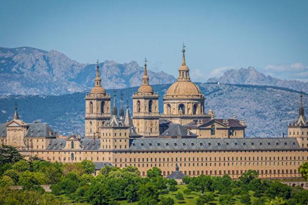 西班牙艺术的泉源:埃斯科里亚尔修道院