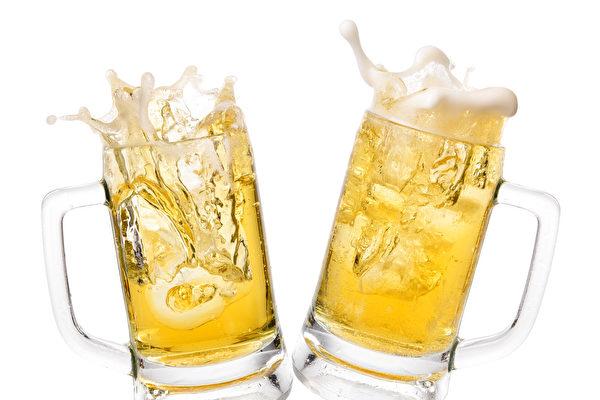 珀斯一酒吧向疫苗接种者免费提供啤酒