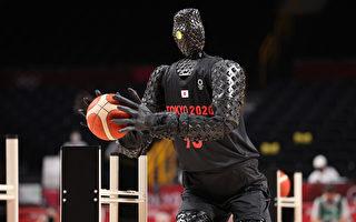 日本機器人在奧運會表演投籃 命中率百分百