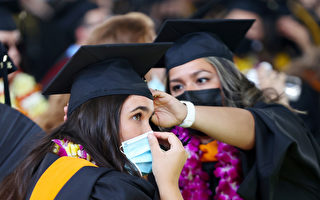 民調:校內口罩令、強制接種疫苗 加州人分歧較大